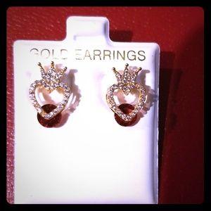 Gold Red Diamond cut fashionable ear stud earrings